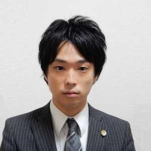 濱 弁護士