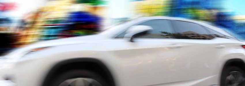 交通事故を起こすと、どんなときに起訴されるの?不起訴になる基準とは